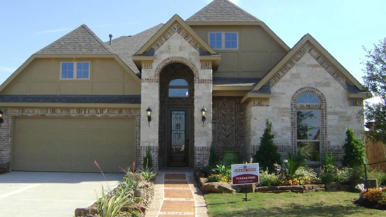 Grand View Builders of Bella Terra in Fort Bend County
